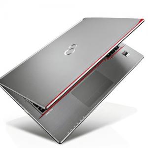 Fujitsu Lifebook E744 14″ i3 4000M, 4GB, HDD 320GB, A