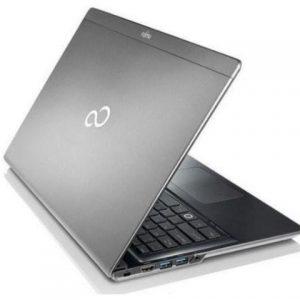 """Fujitsu Lifebook UH552 13,3"""" i3 3217U, 4GB, SSD 120GB, Bat. Nueva, A+"""